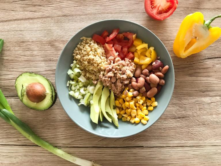 Luštěninovo zeleninový bowl